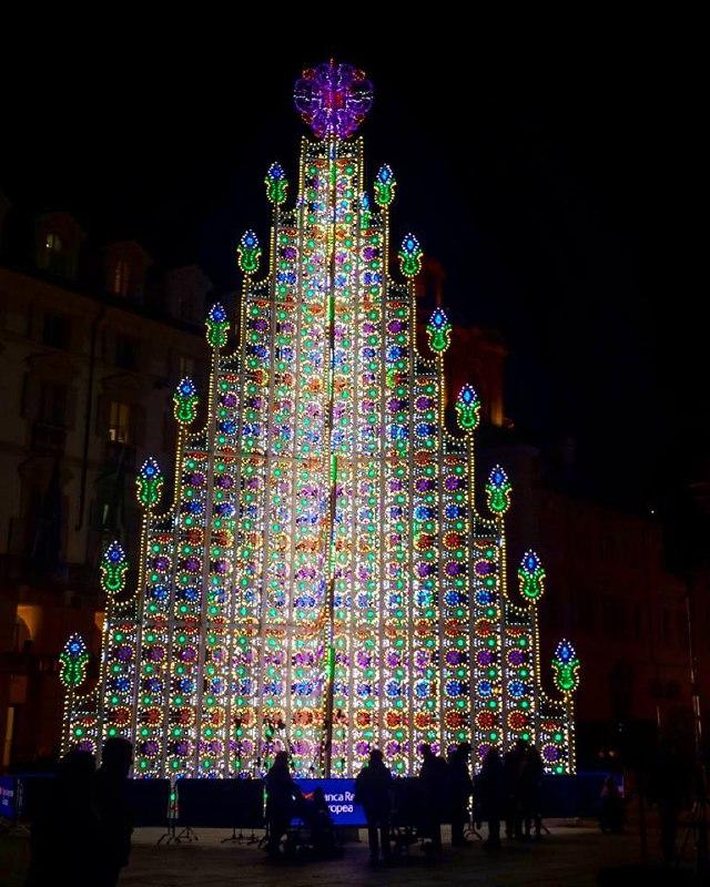 Albero Di Natale A Torino.Albero Di Natale Torino 2017 Piemonte Expo